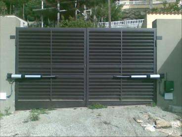 Puertas garaje automaticas m laga instalar reparar presupuesto - Puertas de garaje malaga ...