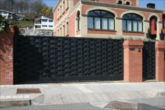 Puerta Corredera Automatica Malaga - Puerta-corredera-metalica